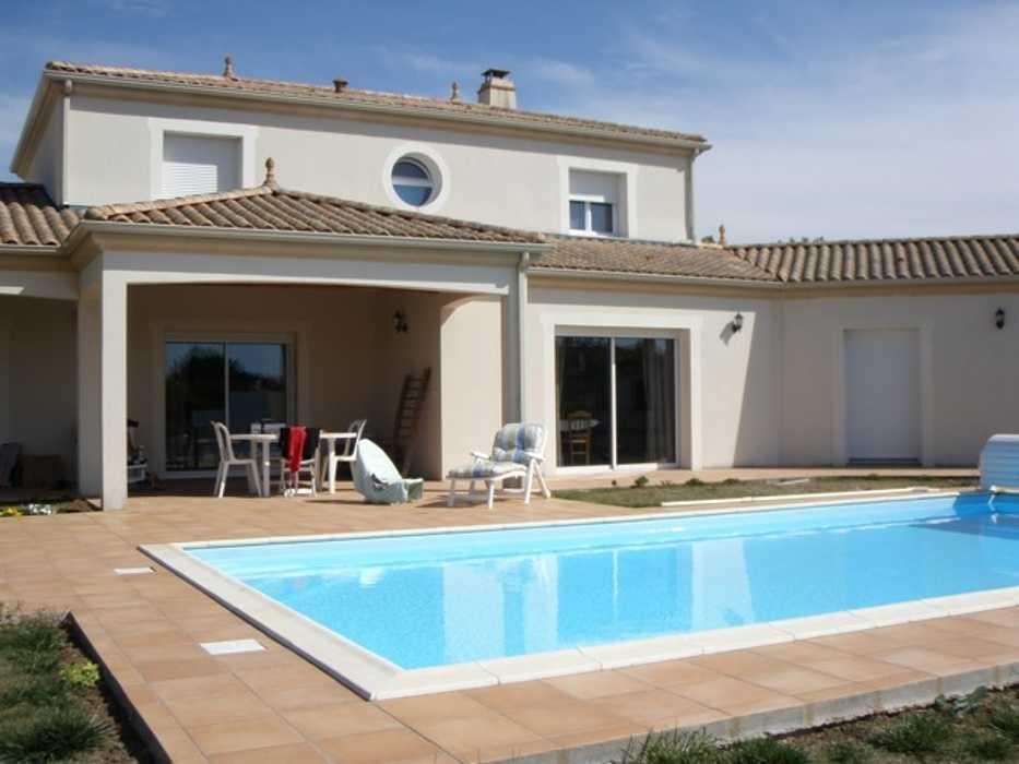 Gardiennage de villa avec piscine dans le pays de la Loire 0